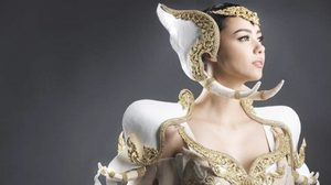 ชุดประจำชาติ พลายทรงสุริยะกษัตริย์ ของ ชาลิสา อแมนด้า พร้อมลุย Miss Tourism 2016