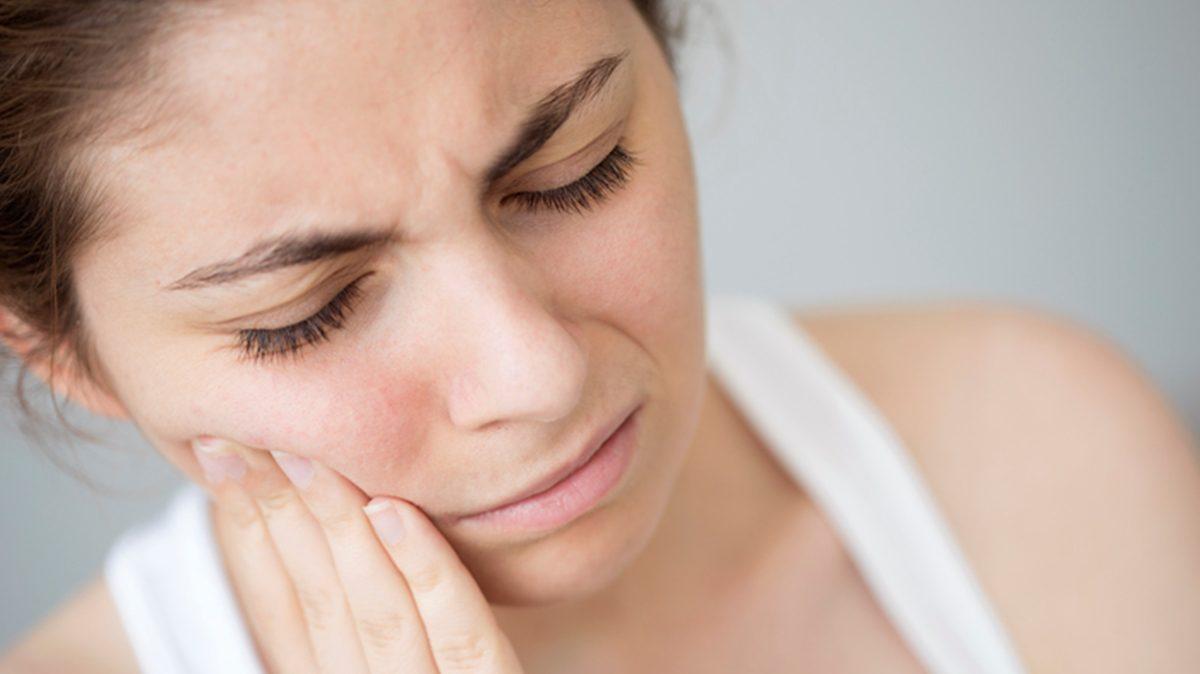 'ฟันตาย' ภาวะอันตรายในช่องปาก ดูแลทำความสะอาดไม่ดีให้ระวัง!!