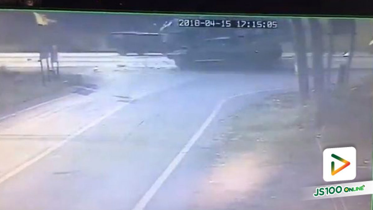 คลิปอุบัติเหตุ บนถ.อยุธยา-เสนา มีผู้เสียชีวิต (15-04-2561)