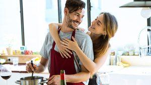 9 พฤติกรรม คุณและแฟนสนิทกัน จนคล้ายคู่แต่งงานแล้ว