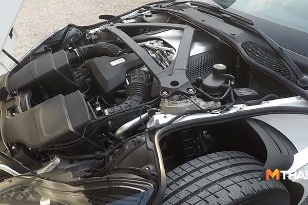 DB11 V8