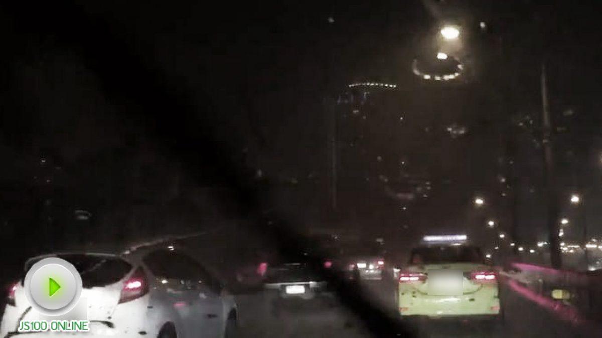 ถนนพระราม3 ฝนตกหนัก การจราจรติดขัดยาว! (24-10-2560)