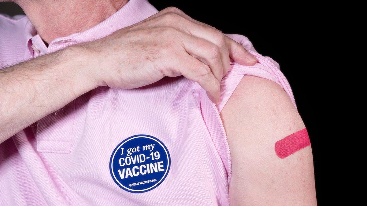 ผู้ป่วยโรคหัวใจและหลอดเลือด ต้องรู้! เตรียมตัวก่อนและหลังฉีดวัคซีน COVID-19 อย่างไร