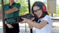 แคท RUSH 2017 ท้าทายความแม่นกับการยิงปืนกระสุนจริงครั้งแรก รับรองลั่นทั้งสนาม