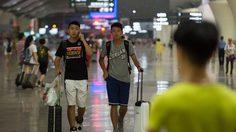 ไต้ฝุ่นนิดาพ่นพิษ เที่ยวบินมากกว่า 150 เที่ยวในฮ่องกงถูกยกเลิก