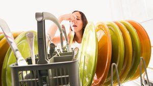 เคล็ดลับกำจัดกลิ่นไม่พึงประสงค์ภายใน ห้องครัว ให้หายเกลี้ยง