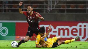 ผลบอล 'ชนานันท์' เบิกร่องโชว์ 'นิชิโนะ' พาแข้งเทพสอยเจ้าท่า 2-0