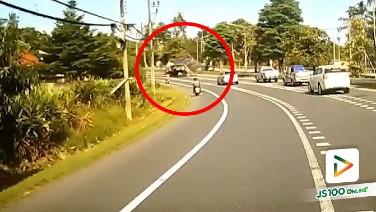 รถบรรทุกไม้อัดซิ่ง เสียหลักช่วงเข้าโค้งพลิกหงายท้อง บาดเจ็บ 1 คน (17/06/2020)