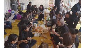 ชาวไทยในเมลเบิร์น พร้อมร่วมพิธีถวายดอกไม้จันทน์ ในหลวง ร.9