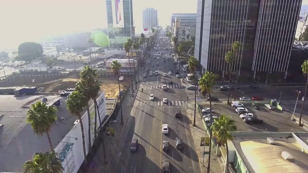 โครงการ Mercedes-Benz Intelligent World Drive ศึกษาสภาพการจราจรเพื่อพัฒนาระบบการ ขับขี่อัตโนมัติ ในรถยนต์ ที่สหรัฐอเมริกา