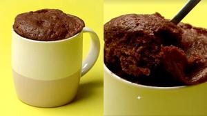 วิธีทำ เค้กมัค เมนูเค้กช็อกโกแลตแสนอร่อย ทำง่ายๆ ในแก้วกาแฟ