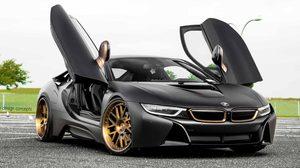 อย่างดุ! BMW i8 Matte Black ที่จะสตั้นท์คุณด้วย ล้อสีบรอนซ์ทอง