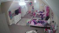 คนร้ายแฮกกล้องวงจรปิดในห้องนอนเด็กหญิงอ้างตัวเป็นซานตาครอส