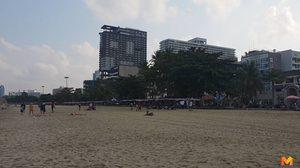 ต้อนรับเดือนแห่งความรัก ชาย-หญิงนัวเนียริมหาดพัทยาโจ๋งครึ่ม