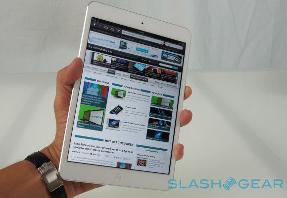 ipad_mini_in_hand-580x402