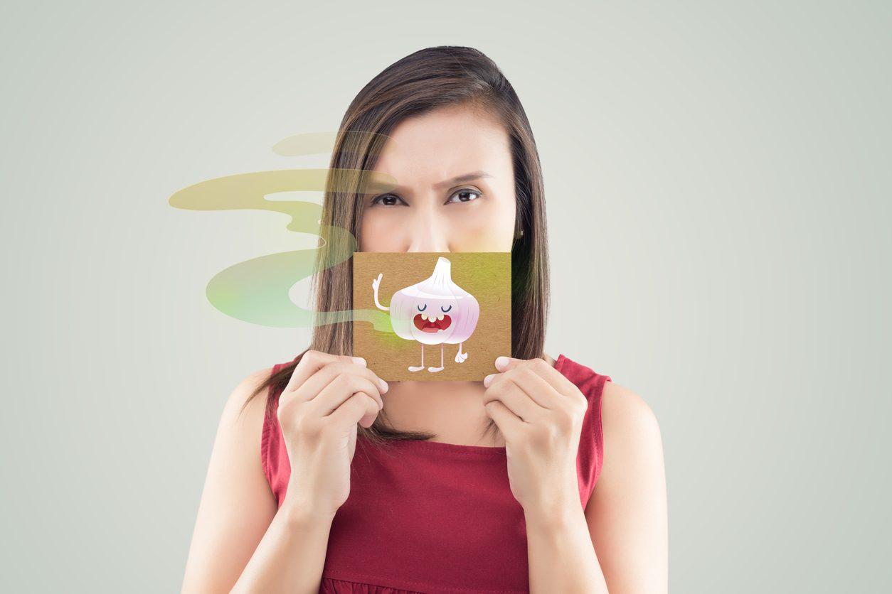 5 วิธีดับกลิ่นปาก ด้วยวิธีธรรมชาติ บอกลาปากเหม็นไปได้เลย!!