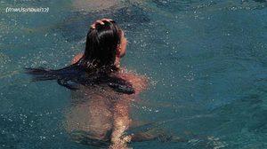 'เมืองบาร์เซโลนา' ไฟเขียวให้ผู้หญิงเปลือยกายในสระว่ายน้ำสาธารณะ
