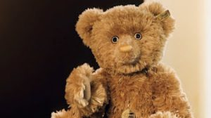 ตุ๊กตาหมีแพงที่สุดในโลก (Most expensive Teddy Bear)
