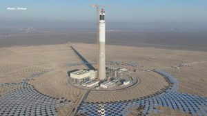 ซินเจียงเปิด 'สถานีพลังงานความร้อนจากแสงอาทิตย์' ผลิตไฟฟ้าเกือบ 200 ล้านกิโลวัตต์ต่อปี