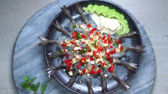 วิธีทำ กุ้งแช่น้ำปลา เมนูแซ่บรสเด็ด อร่อยง่ายๆ ที่บ้าน
