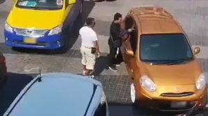 แท็กซี่พัทยาปะทะหนุ่มแกร็บคาร์ ตร.แจ้งข้อหาเอาผิดทั้งคู่