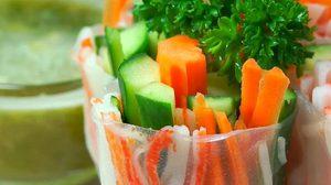 วิธีทำ สลัดโรลปูอัด เมนูสุขภาพ อร่อย ไส้แน่นๆ