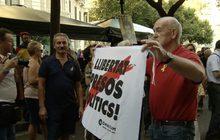 ชาวกาตาลุญญาชุมนุมครบรอบ 1 ปี สเปนบุกยึดที่ทำการรัฐบาล