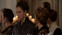 Reign EP1x13-4