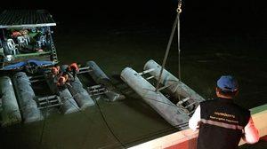 กรมชลประทาน ติดตั้งเครื่องผลักดันน้ำเชิงสะพานข้ามแม่น้ำมูล