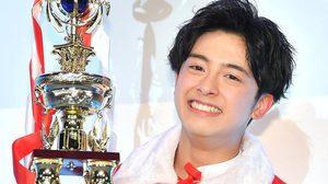 นีฮาระ ไทสุเกะ นักเรียนม.ปลายจากญี่ปุ่น คว้ารางวัลหนุ่มหล่อที่สุด