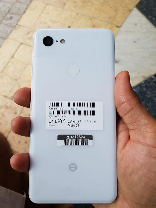 Pixel 3 XL สมาร์ทโฟนตระกูลเพียวจาก Google ภาพเครื่องจริงมาแล้ว