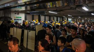 ฮ่องกงคว้าแชมป์รถไฟฟ้าที่ดีที่สุดในโลก ท่ามกลางการประท้วงดุเดือด