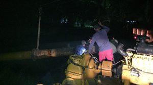 กรมชลฯ เร่งระบายน้ำช่วยสวนส้มโอเมืองคอน เตือนเฝ้าระวังแม่น้ำตรัง อ.ห้วยยอด