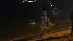 ควันหลังปีใหม่ จี้ล่าตัวแก๊งโจ๋ จุดพลุลงทะเลบางแสน