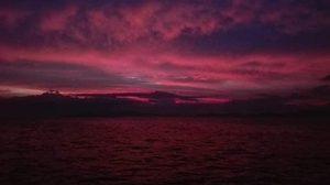 สวยงามแต่น่ากลัว ภาพท้องฟ้าสีแดงในพื้นที่ภาคใต้ หลังเกิดพายุปาบึก
