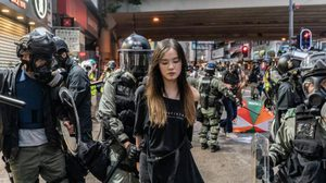 น่ากลัวขึ้นทุกที ! 'ฮ่องกง' เตรียมขอกองทัพจีนเข้าคุมเหตุประท้วง