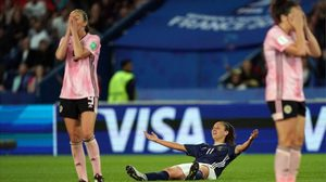 ดราม่า ฟุตบอลโลกหญิง กับ กฎกติกาฟุตบอลใหม่ ที่เข้มงวดขึ้น(คลิป)