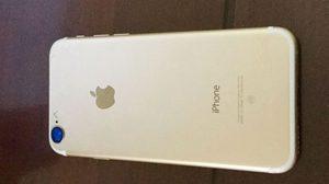 เผยภาพล่าสุด iPhone 7 สีทอง รูเสียบหูฟังหายไปพร้อมเลนส์กล้องที่ใหญ่ขึ้น