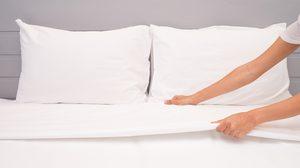 ทริคง่ายๆ ดูแล ผ้าปูที่นอนสีขาว ให้น่าใช้งานอยู่เสมอ