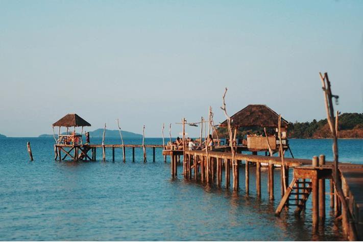 [รีวิว] เที่ยวเกาะหมาก หนีร้อน ไปนอนชิลล์ ชมวิวทะเล สุดฟิน