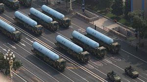 เผยโฉมขีปนาวุธรุ่นใหม่ของจีน ในงานฉลองวันชาติ