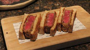 แจกสูตรปรุงเมนู Beef Sando แซนวิชเนื้อวัวออสเตรเลีย โดย เชฟแพม พิชญา