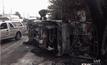 รถกระบะพลิกคว่ำไฟคลอก 3 ศพ