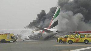 ระทึก!! สายการบิน Emirates เกิดอุบัติเหตุขณะจอดที่ดูไบ