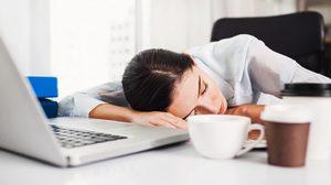6 พฤติกรรมเสี่ยง! ทำลายสุขภาพช่วงวัยทำงานแบบไม่รู้ตัว
