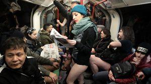 กิจกรรมสุดแปลก ไม่ใส่กางเกงเข้ารถใต้ดิน เพื่อโชว์ความกล้าและเรียกเสียงฮา