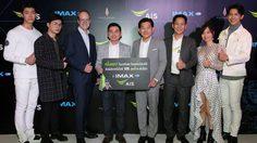 พุฒ-เต้ย-คริส ร่วมสัมผัสประสบการณ์สุดล้ำ AIS IMAX VR