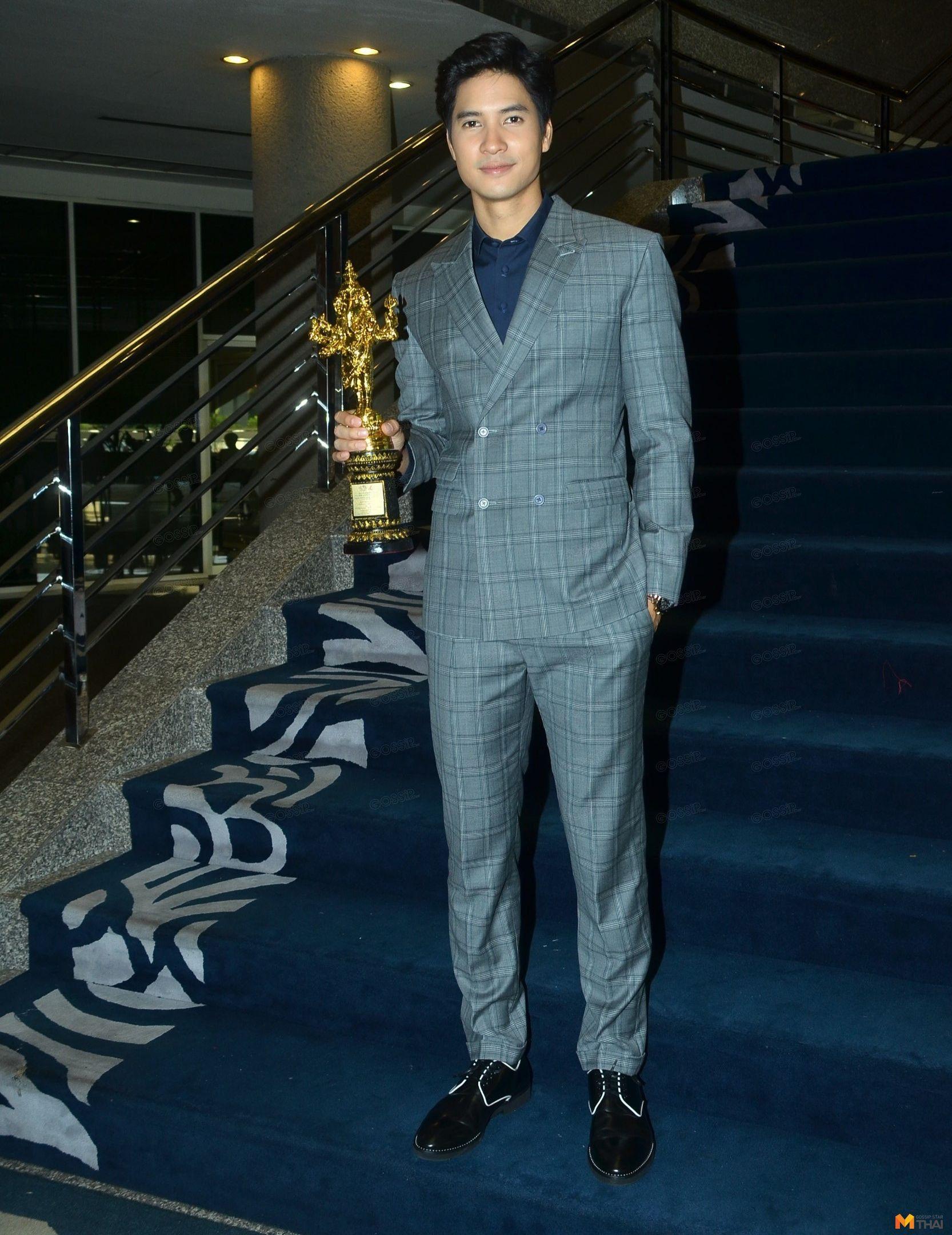 ไมค์ ภัทรเดช รางวัลนักแสดงนำชายยอดเยี่ยม