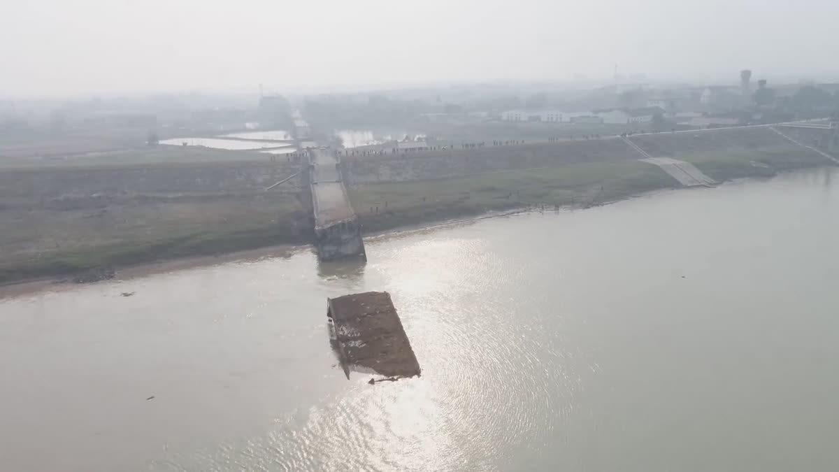 จีนระเบิดสะพานยาว 1.5 กม.