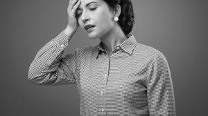 วิธีรับมือ! ทำอย่างไร เมื่อเห็นคนเป็นลม หรือเกิดอาการ โรควูบ